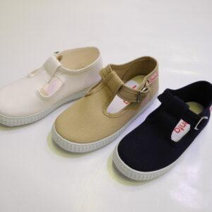 chaussure souple en toile